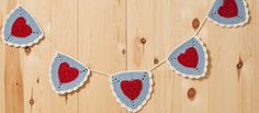 Ravelry: Granny Heart Triangle Bunting pattern by Loopsan Bunting Pattern, Crochet Bunting, Crochet Garland, Diy Crochet, Crochet Crafts, Crochet Projects, Bunting Tutorial, Hippie Crochet, Crochet Flowers
