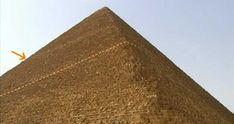Unlocking The Great Pyramid Of Cheops - World Mysteries Blog Khufu Pyramid, Limestone Block, Red Pyramid, Stone Blocks, Stone Bench, Wooden Train, High Walls, Theory, Mystery