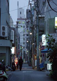 神保町 路地 Chiyoda-ku, Tokyo Chiyoda, City Landscape, Olympus, Line Art, Tokyo, The Neighbourhood, Old Things, Environment, Street View
