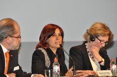 Fundación Triodos - Ángeles Parra, presidenta de Asociación Vida Sana, moderadora de la mesa redonda: Alimentación y salud.