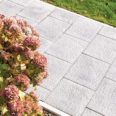 At Acheson + Glover, we supply Canterra - a subtly embossed, closed-face flagstone. Download our product brochure today or contact us for more details.