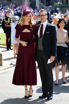 Gabriel Macht & Jacinda Barrett from Meghan Markle and Prince Harry's Royal Wedding Guests Meghan Markle's Suits co-star and his wife embraced for a photo before taking their seats inside. Royal Wedding Guests Outfits, Royal Wedding Prince Harry, Harry And Meghan Wedding, Harry Wedding, Meghan Markle Wedding, Royal Weddings, Prince Harry And Meghan, Trendy Wedding, Wedding Dresses