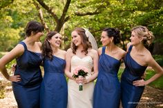 Beautiful bridesmaids - Alisha Rudd Photography - www.alisharuddphotography.com - #bride #bridesmaids #wedding #laugh #weddingparty