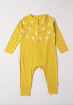 #enterito amarillo con #estrellas #unisex