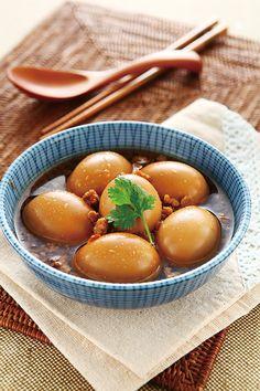 Taiwanese braised egg