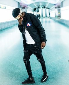 Fashion Mode, Urban Fashion, Mens Fashion, Fashion Trends, Men Looks, Style Masculin, Ripped Jeans Men, Look Man, Casual Styles