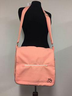 825b6178d61 Sac bandoulière ou le sac 100% recyclage