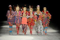 Rolling Stone BR Fashion: Ex-dona de agência de modelos faz campanha pela diversidade nas passarelas: http://rollingstone.uol.com.br/canal/fashion/ex-dona-de-agencia-de-modelos-faz-campanha-pela-diversidade-nas-passarelas