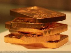 Gold futures extend gains, up 0.32% on firm global cues - The Economic Times