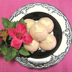 ❤ Super Easy! Red and White Heart Manju (Steamed Buns) for Valentine's Day ❤