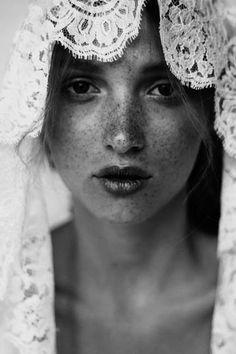 lace veil.