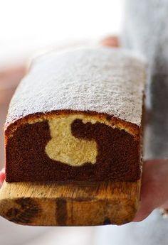 Dwukolorowa babka czekoladowo-kokosowa