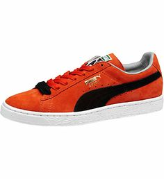 best service 1ff6a 642bd Suede Classic Mens Sneakers Back in 1968, the city scene was packed with  hot