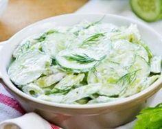 Concombre à l'aneth et yaourt 0% : http://www.fourchette-et-bikini.fr/recettes/recettes-minceur/concombre-laneth-et-yaourt-0.html