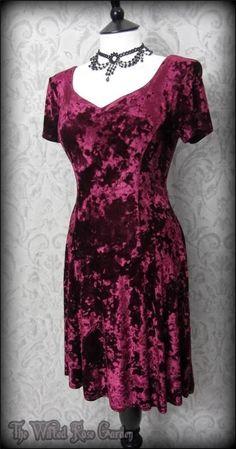 Dark Rose Bordeaux Crushed Velvet Dress M 12 Traditional Goth Romantic Vtg 90's | THE WILTED ROSE GARDEN