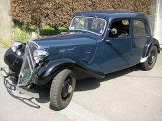 Citroën Traction Avant v Psa Peugeot Citroen, Citroen Traction, Traction Avant, Car Museum, Future Car, Concept Cars, Antique Cars, Classic Cars, Motorcycles