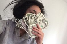 Image uploaded by christizzl. Find images and videos about luxury, rich and money on We Heart It - the app to get lost in what you love. Rich Money, My Money, Money Girl, Make Money Online, How To Make Money, Money Stacks, Rich Kids, Tumblr Girls, Life Goals