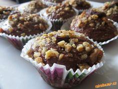 Perníkové muffiny s oříšky a nutellou výborné vláčné a velice rychlé