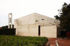 Los Nogales School Chapel / Daniel Bonilla Arquitectos | ArchDaily