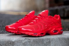 4cfde74513b6fe Nike-Airmax-Plus-Lava-Red-3 All Red Nike Shoes