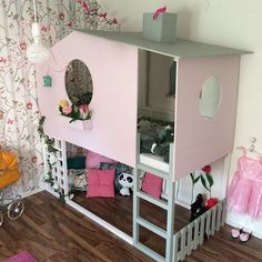 51 Cool Ikea Kura Beds Ideas For Your Kids Rooms. The Ikea beds are elegant furniture among the many product lines found at the Ikea stores in different countries. Kura Cama Ikea, Mydal Ikea, Ikea Kura Hack, Ikea Hacks, Ikea Loft Bed Hack, House Beds, Kids Room Design, Little Girl Rooms, Kid Beds