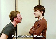 funny-gif-Daniel-Radcliffe-kiss #3