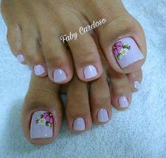 New nails art french piedi ideas Feet Nail Design, Toe Nail Designs, Fancy Nails, Pretty Nails, Feather Nails, New Nail Art, Super Nails, Creative Nails, Blue Nails
