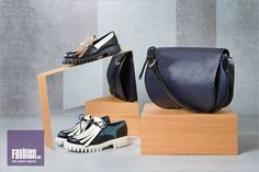 Лоферы на протекторе, сумка Studio Pollini