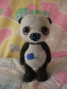7134b198e5cd2 Artist Thread crochet panda Lenticchio.  155.00