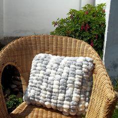 ..+macík+myškový+..+50+x+50+cm+-+polštář+pletený+na+hrábích+z+bambulkové+příze+-+rozměr+50+x+50+cm+-+polštář+je+vč.+náplně+(pere+se+celý)+-+mat:+polyester Merino Wool Blanket, Handmade, Hand Made, Handarbeit