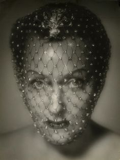 Photograph of Screen Legend Gloria Swanson - Black & White - Multiple Sizes, Vintage Hollywood Glamour by VintageousClassic on Etsy Vintage Hollywood, Hollywood Icons, Old Hollywood Glamour, Vintage Glamour, Vintage Beauty, Hollywood Actresses, Classic Hollywood, Hollywood Stars, Ronald Colman