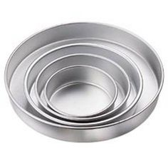 You can now buy Wilton Performance Pan Round Set - 4pcs online in very suitable price. Bakeware.pk is a bakeware marketplace where you can order online for best baking tools, decorations and cakes.