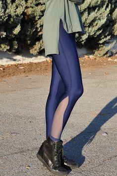 Κολάν γυαλιστερό ψηλόμεσο με διαφάνεια μπλε Knee Boots, Legs, Pants, Fashion, Trouser Pants, Moda, La Mode, Women's Pants, Knee Boot
