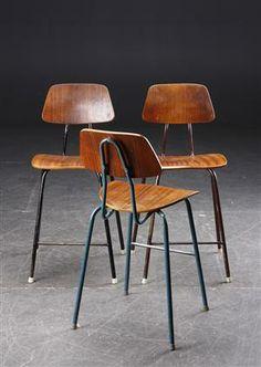 Tre skolestole / stabelstole, teak, 1950'erne - Lauritz.com
