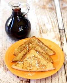 Add a fun Fall twist on your classic french toast with this Pumpkin Spice French Toast Recipe! Grab the griddle and some Pumpkin Pie Spice, it's yum time! Pumpkin Angel Food Cake Recipe, Pumpkin Spice Cookie Recipe, Best Pumpkin Bread Recipe, Spice Cake Recipes, Dump Cake Recipes, Pumpkin Pie Recipes, Dessert Recipes, Breakfast Recipes, Bacon Breakfast