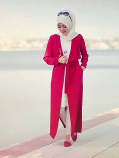 red open cardigan hijab- How to wear long tunic with hijab http://www.justtrendygirls.com/how-to-wear-long-tunic-with-hijab/