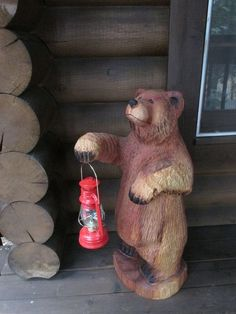 bears made from a chainsaw-