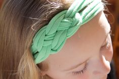 How to Make Headbands Out of Shirts (with Pictures)