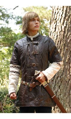 Leather Jerkin - Medieval Renaissance Clothing, Costumes (I WANT IT SO BADLY)
