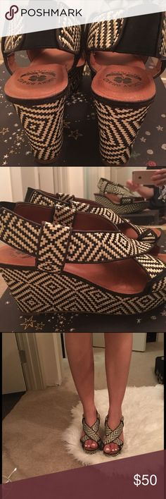 Lucky Brand Wedges 🍀 Lucky branded striped wedges. Super cute, sexy and comfortable ! Worn maybe one time. You are welcome to more pics ! Just ask :) Lucky Brand Shoes Wedges