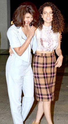 Priyanka Chopra and Kangana Ranaut have a good laugh at the National Awards winning success bash