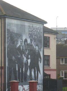 Wall murals: London-Derry, Ireland