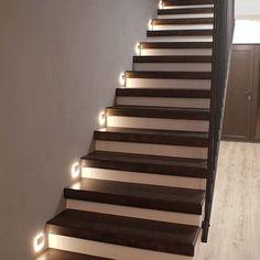 Modele de scari interioare placate cu lemn  Realizate cu Dippanels.ro Small Space Interior Design, Interior Design Living Room, Design Case, Small Spaces, Stairs, House, Decorating Ideas, Decorations, Home Decor