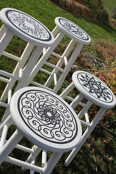 Love this idea! Now I need to find a bar stool to do this on! Uppercase Living has some really cool medallions that would be awesome! maybe RED glossy stools with black stencil paint?