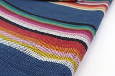 Central American Fabric 28 sold by the yard  por TextileSupply