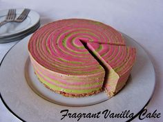 Raw Peppermint Stripe Cheesecake from Fragrant Vanilla Cake, Raw Vegan Cheesecake, Raw Vegan Desserts, Vegan Cake, Delicious Vegan Recipes, Delicious Desserts, Vegan Food, Tasty, Healthy Cake Recipes, Healthy Desserts