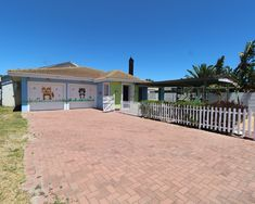 3 Bedroom House To Let in Parklands 3 Bedroom House, Mansions, House Styles, Home Decor, Decoration Home, Manor Houses, Room Decor, Villas, Mansion