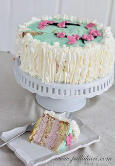 Pullahiiren leivontanurkka: Äitienpäivä: Helppo täytekakku