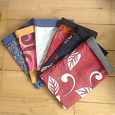 Tissu Harry Potter, Creation Couture, Creations, Sewing, Knitting, Books, Products, Fashion, Pencil Cases