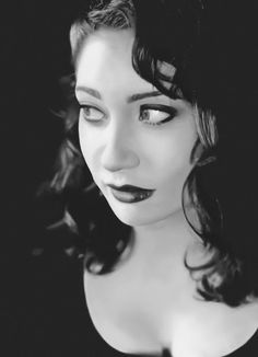 "Kiss from a Rose: Regina Spektor ""Black and White"""